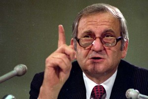 "Iacocca won over Washington, in 1979, but this time, could ""the pieces of the mosaic fall off the wall""?"