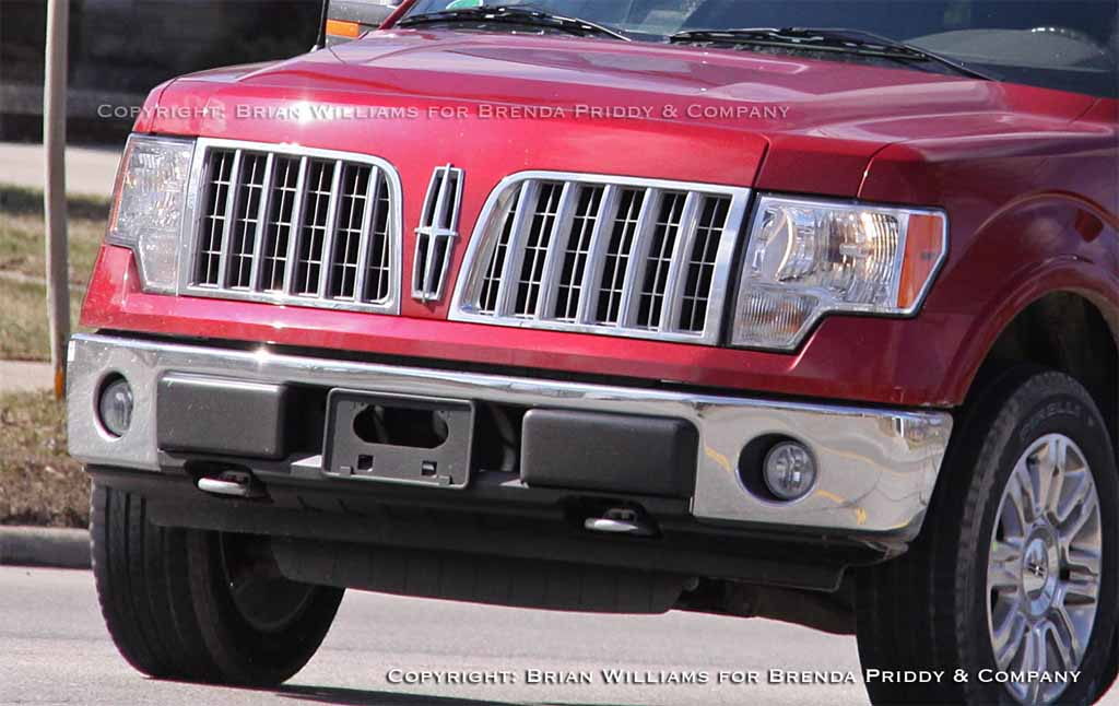 Spy Shots: New Lincoln LT Pickup