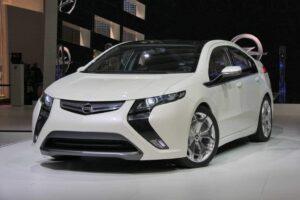 Opel Ampera, Volt's kissing cousin.