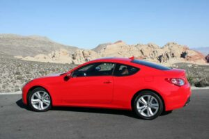 First Drive Hyundai Genesis Coupe TheDetroitBureaucom - Cheap sporty looking cars