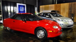 GM pulled  the plu on EV1 in 1999 after fewer than 2300 had been leased at Saturn dealers after theee years.