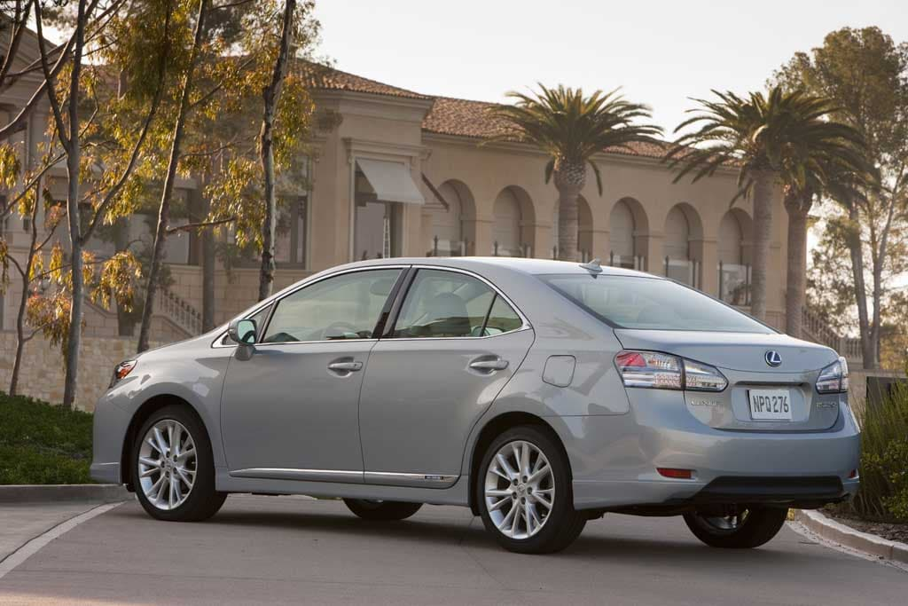 another toyota recall coming on lexus hybrid models. Black Bedroom Furniture Sets. Home Design Ideas