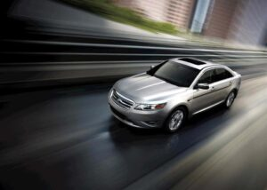 Can the 2010 Ford Taurus live up to the legend of the 1986 sedan?