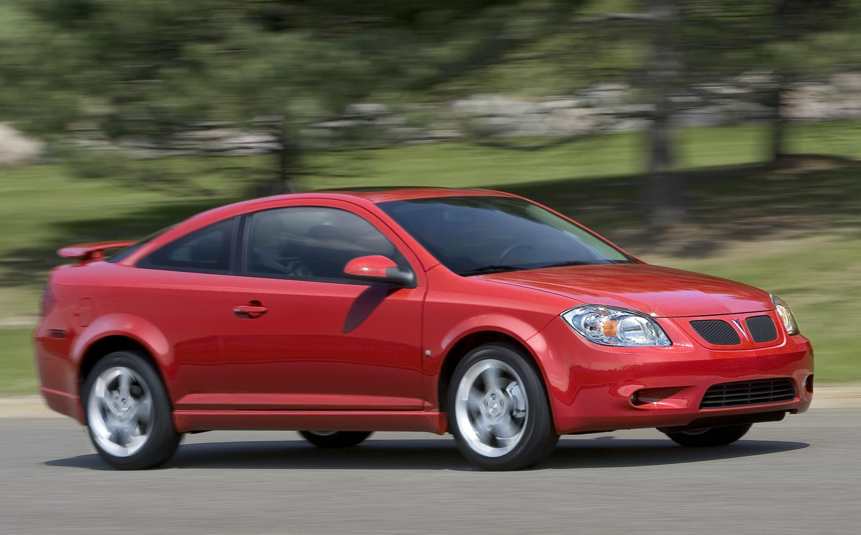 GM Offering Big Incentives on Pontiacs and Saturns
