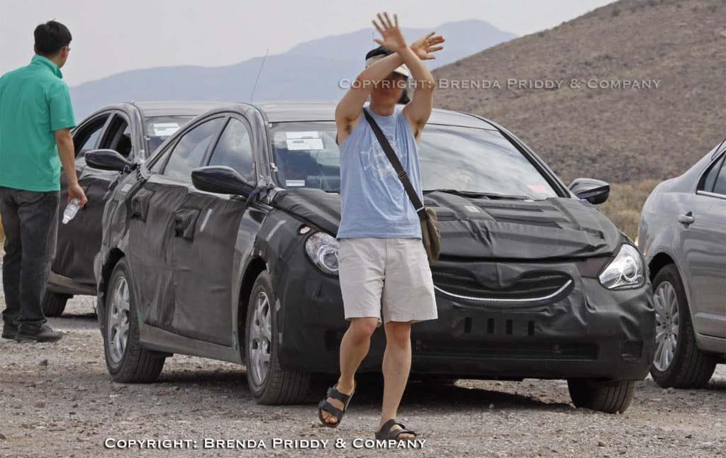 Spy Shot: 2012 Hyundai Sonata Hybrid