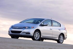 The Japanese version of the new Honda Insight has helped prop up the carmaker's sales.