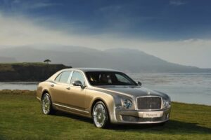 You won't see the new 2010 Bentley Mulsanne at next month's LA Auto Show. A number of luxury makers have abandoned this year's event.