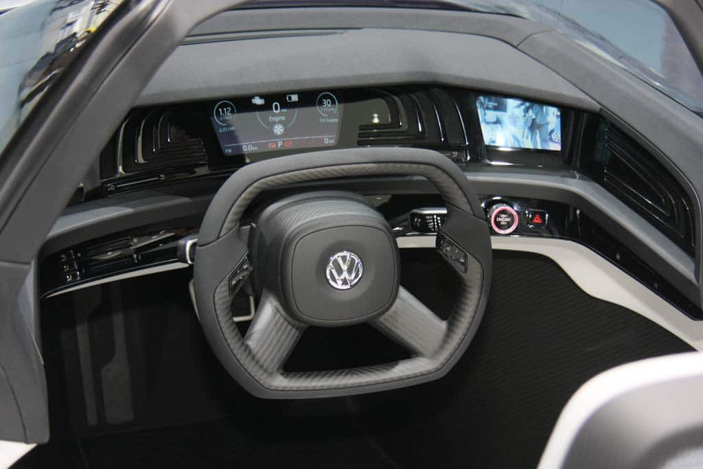 first look 2010 volkswagen l1 ultra mileage concept. Black Bedroom Furniture Sets. Home Design Ideas