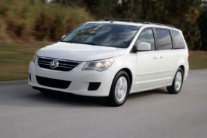 A Microbus it ain't, but the 2010 Volkswagen Routan does deliver a roomy and utilitarian interior.