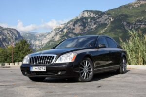 There'll only be 100 copies made of the 2010 Maybach Zeppelin, which will cost between $450,000 and $605,000.