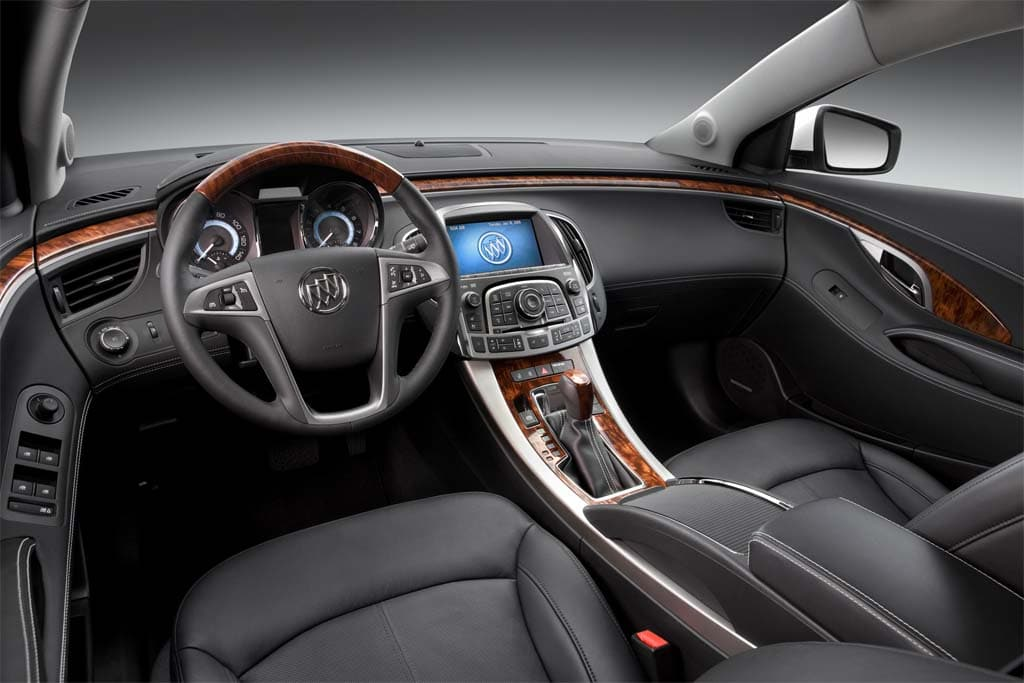 Buick Lacrosse Interior on 2006 Buick Lucerne