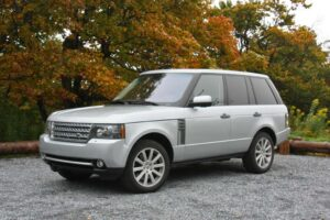 Despite weighing in at nearly 3 tons, the supercharged versions of the 2010 Land Rover Range Rover can launch from 0 to 60 in 6.0 seconds.