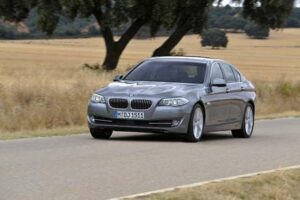 The look is familiar, but there's an-all midsize sedan coming from Bavaria, the 2011 BMW 5-Series.