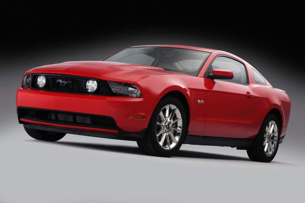 First Look: 2011 Ford Mustang GT
