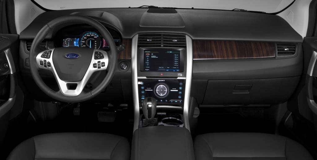 Ford Edge 2011. The interior of the 2011 Ford