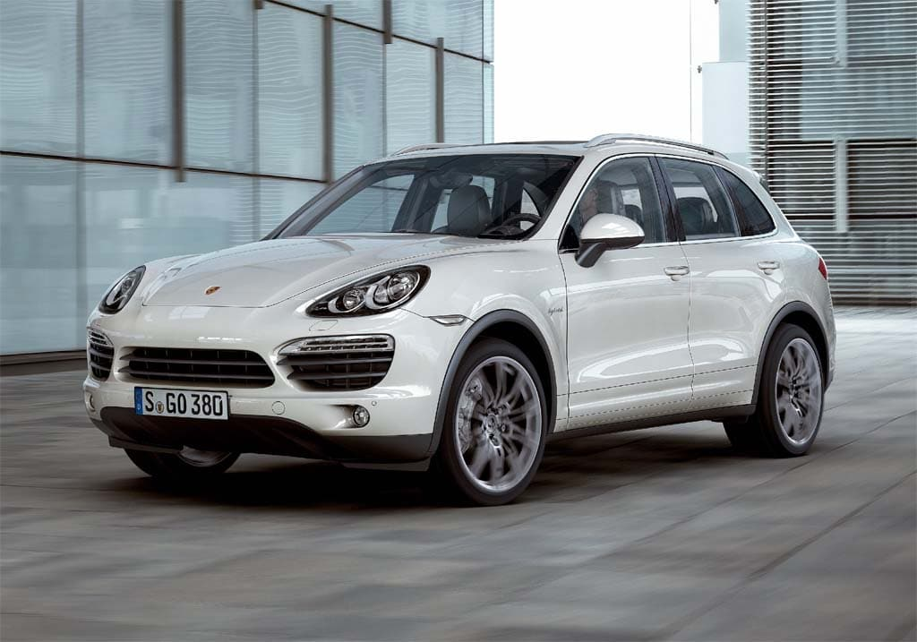 First Look: 2011 Porsche Cayenne