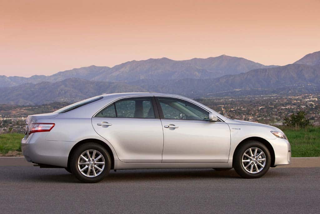 Consumer Reports Is Pushing Toyota To Recall 178 000 Camrys From 2007 2017 For Brake Problems