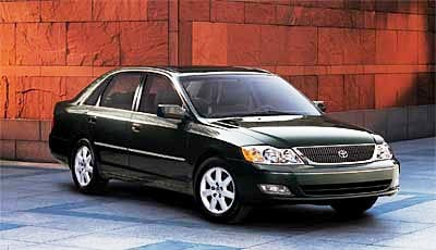 Toyota Recalling Avalons for Airbag Problems