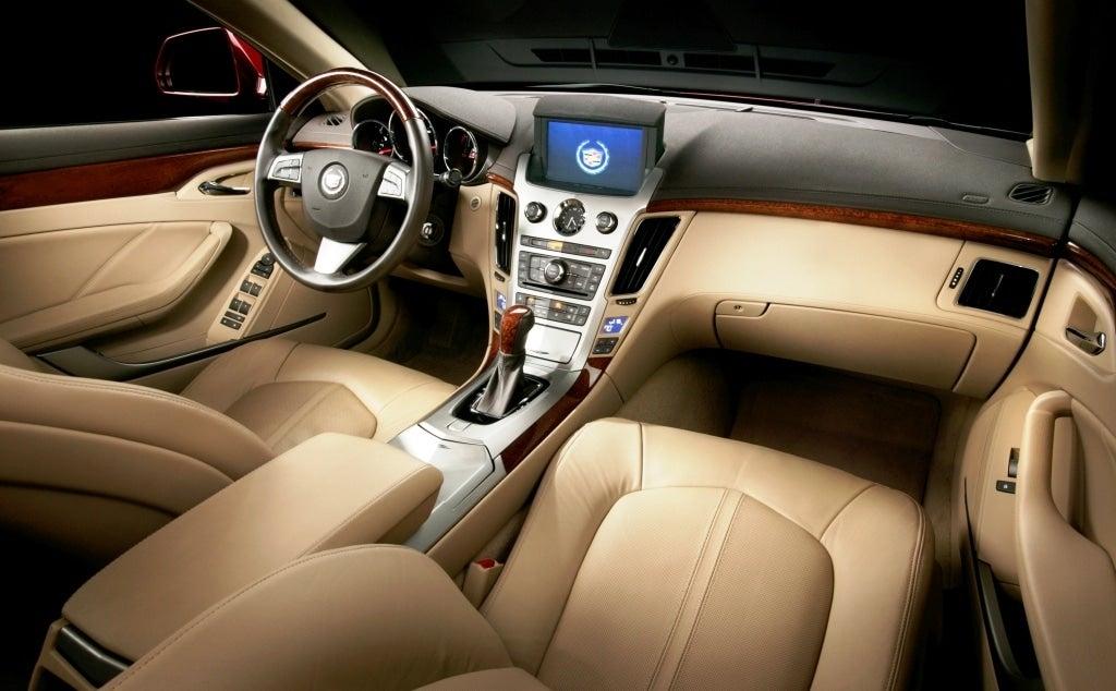 Cadillac Recalls CTS, CTS-V for Bad Knee Bolsters