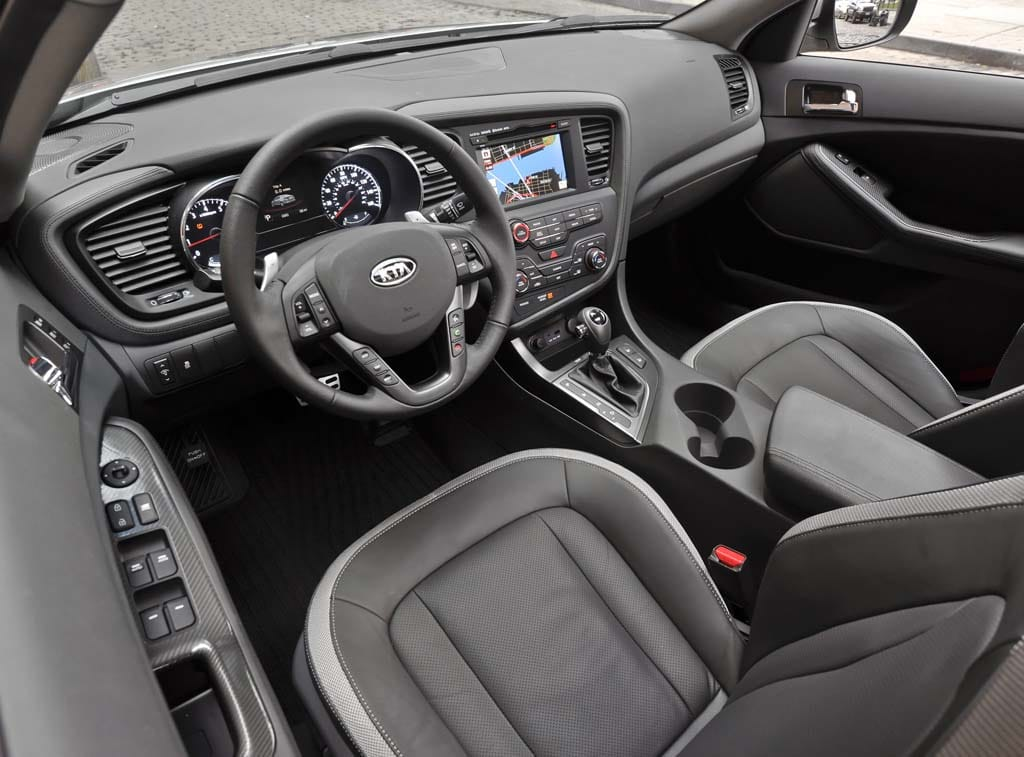 Exceptional The Cabin Of The 2011 Kia Optima Is Well Executed, Though A Cover Over
