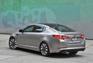 The 2011 Kia Optima features front McPherson struts and a rear multi-link suspension.