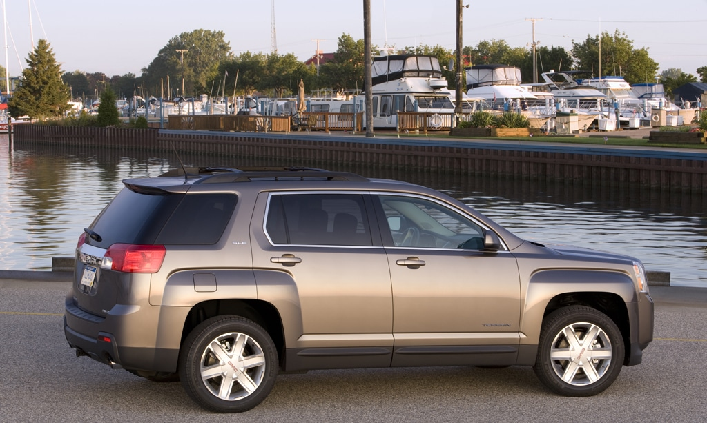 driver original reviews gmc in s model photo car depth and safety assistance terrain review