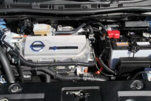 A closer look at the Nissan Leaf battery-electric drivetrain.