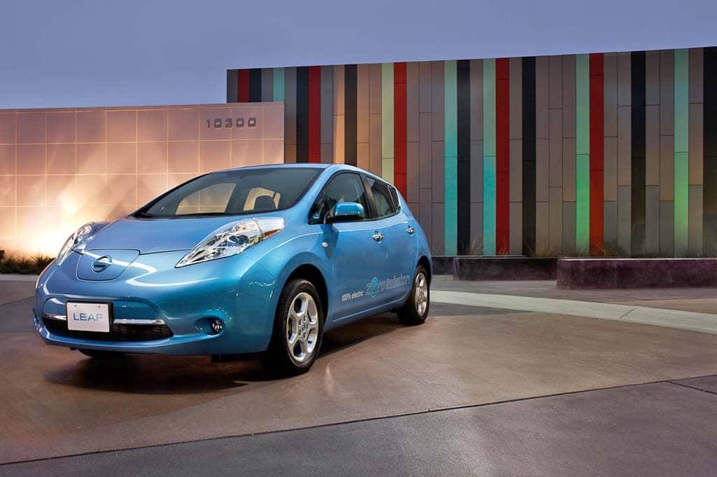 Driving 2011 Nissan Leaf