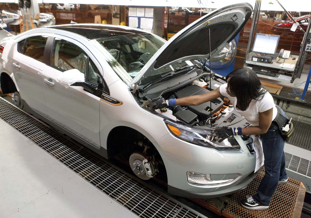 Demand Already Strong, GM Looking To Ramp Up Chevy Volt Production