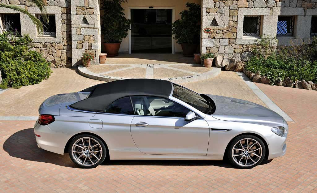new 6 series convertible one of three bmw world premieres in motown the new bmw 6 series. Black Bedroom Furniture Sets. Home Design Ideas