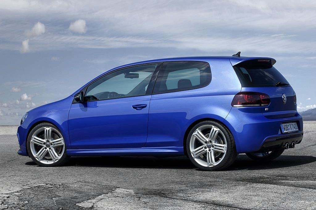volkswagen confirms plans for golf r golf r32 side. Black Bedroom Furniture Sets. Home Design Ideas