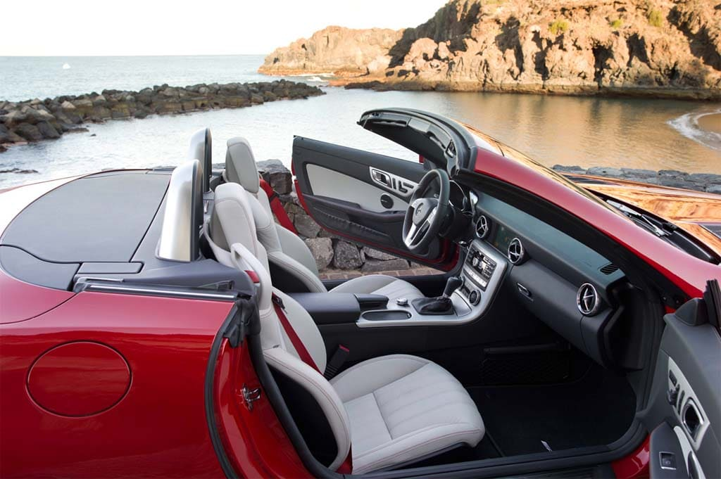 Mercedes Slk Interior. the 2012 Mercedes SLK.
