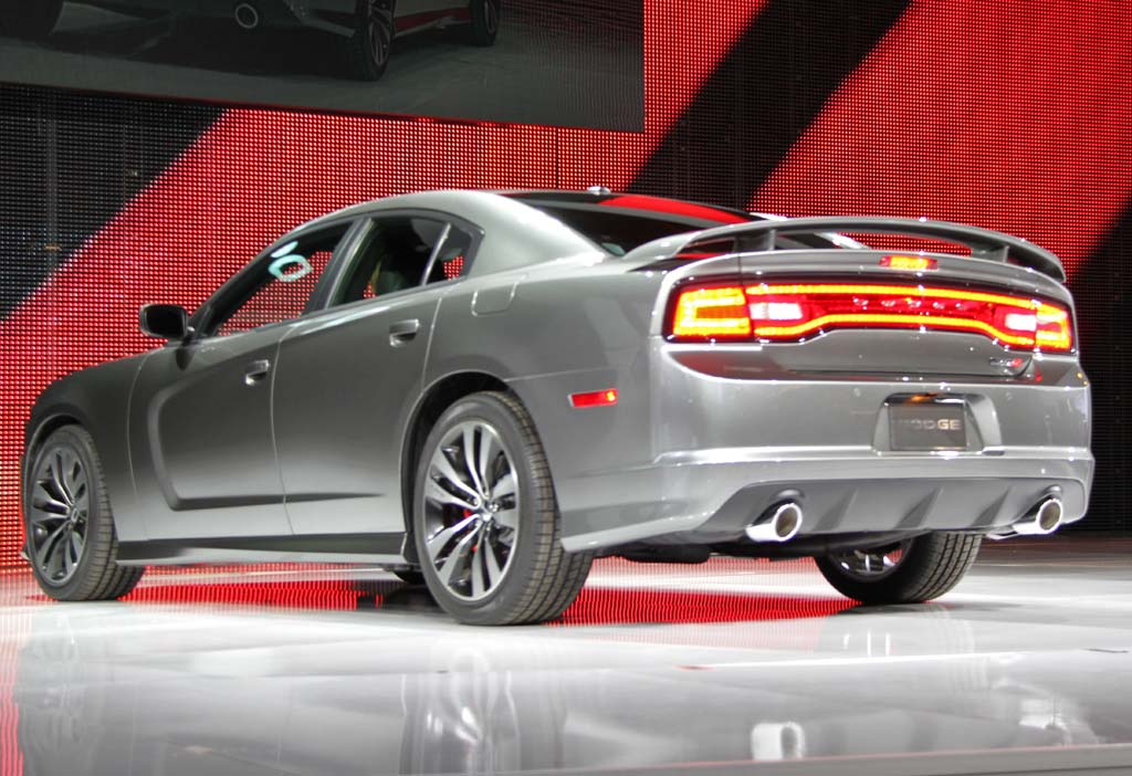 dodge charger 2011 srt8. First Look: 2011 Dodge Charger