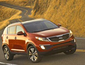Kia's new Sportage continues the automaker's recent trend toward building stylish vehicles.