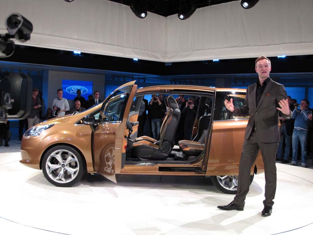 first look 2012 ford b max. Black Bedroom Furniture Sets. Home Design Ideas