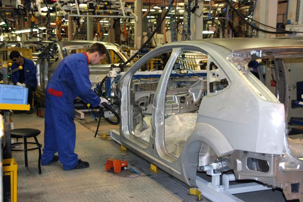 General Motors And Ford Want American Suppliers To Follow