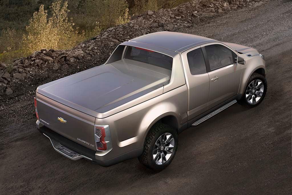 first look next generation chevrolet colorado show truck. Black Bedroom Furniture Sets. Home Design Ideas