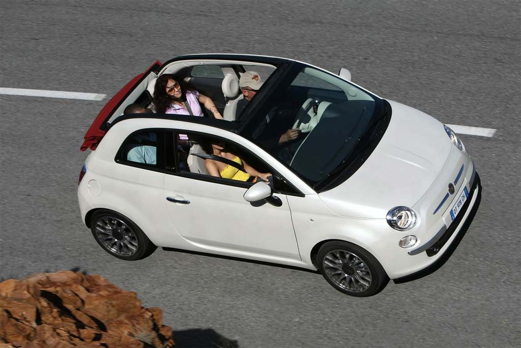 first look fiat 500 convertible. Black Bedroom Furniture Sets. Home Design Ideas