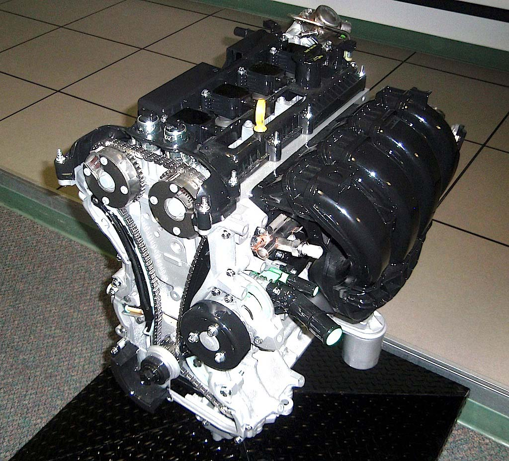 Ford Unveils 40-MPG Gas Engine for 2012 Focus