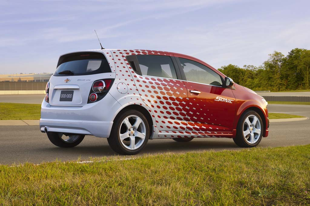 first look  chevrolet sonic z