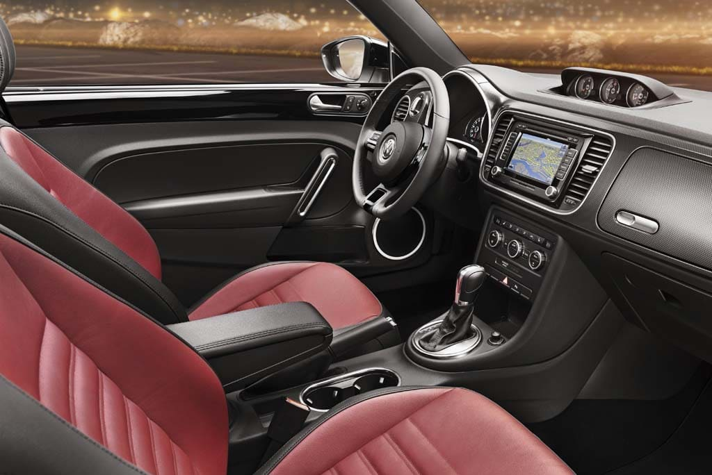 volkswagen beetle 2011 interior. 2012-VW-Beetle-Interior.