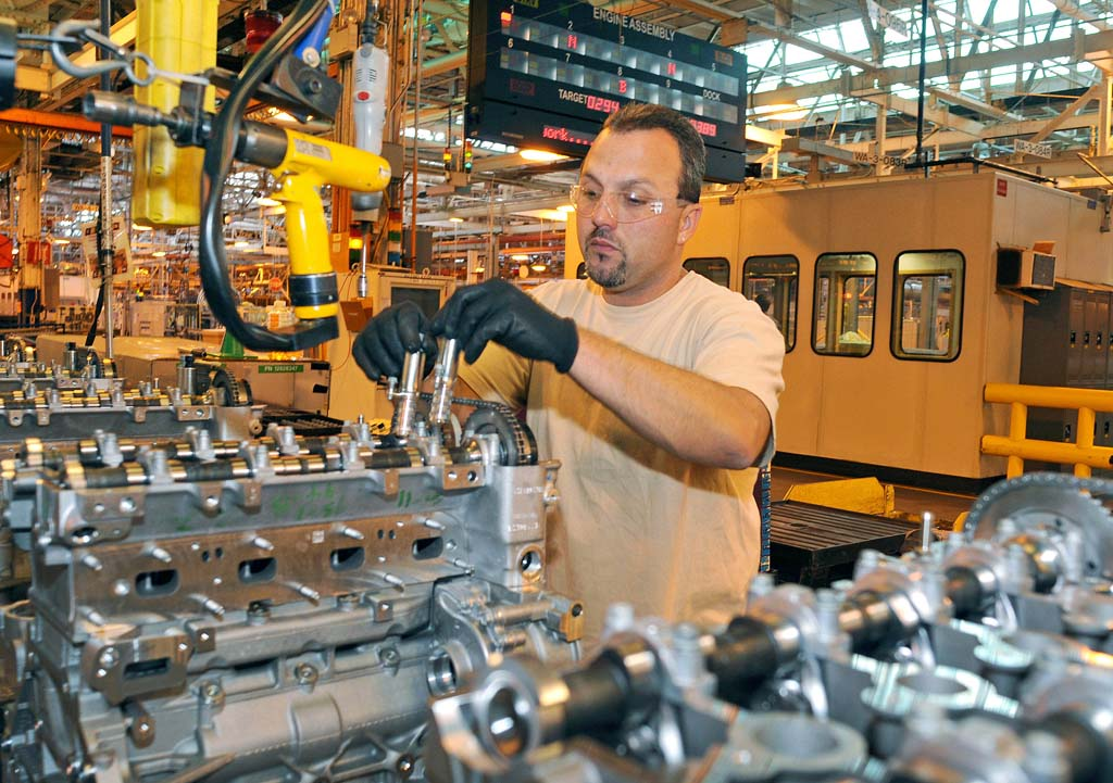 gm investing  mil  boost  cylinder engine production thedetroitbureaucom