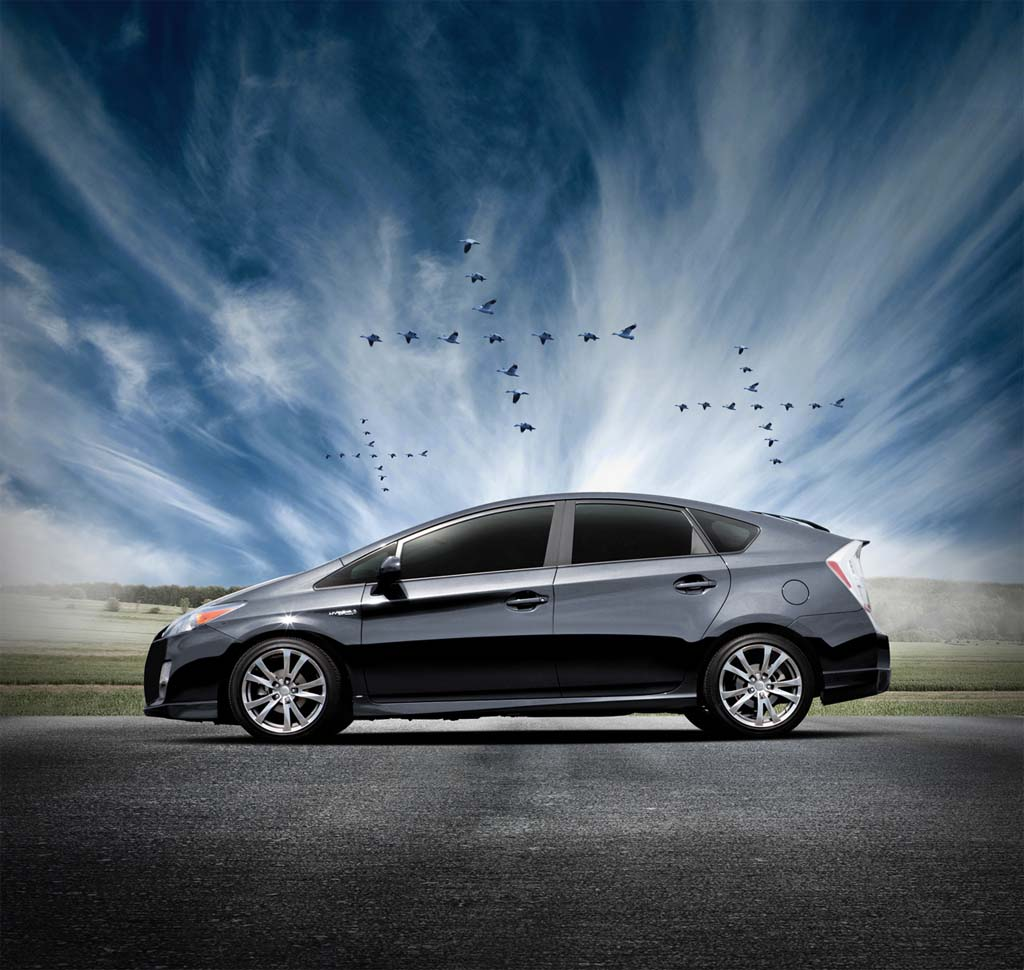 Toyota Introduces Prius Performance Package