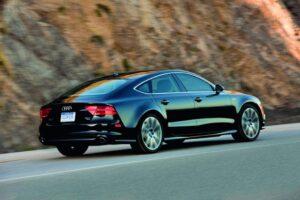2012-Audi-A7-300x200.jpg
