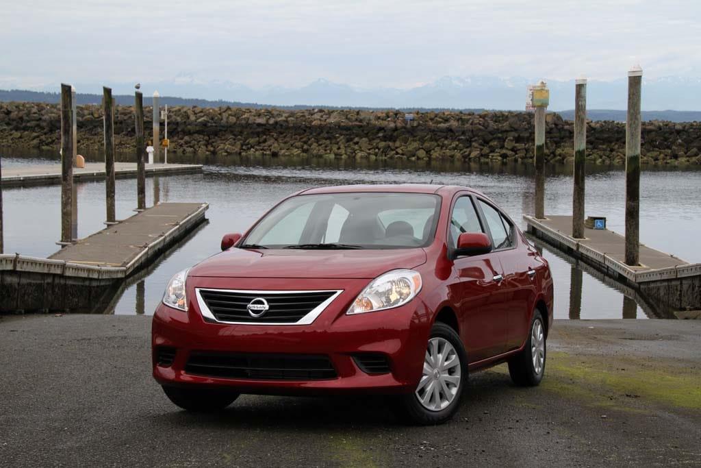 Feds Investigating Nissan Versas, Dodge Rams