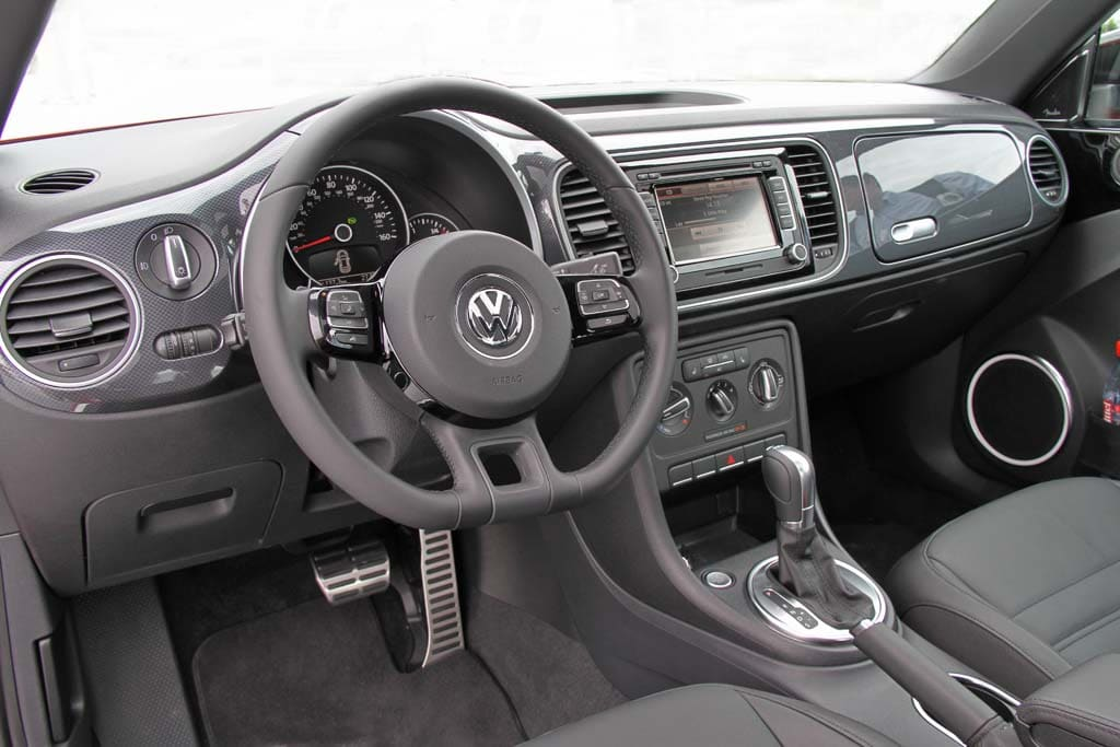 The gallery for volkswagen beetle 2009 interior for New beetle interieur