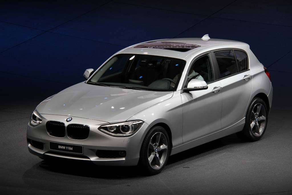 first look 2012 bmw 1 series. Black Bedroom Furniture Sets. Home Design Ideas