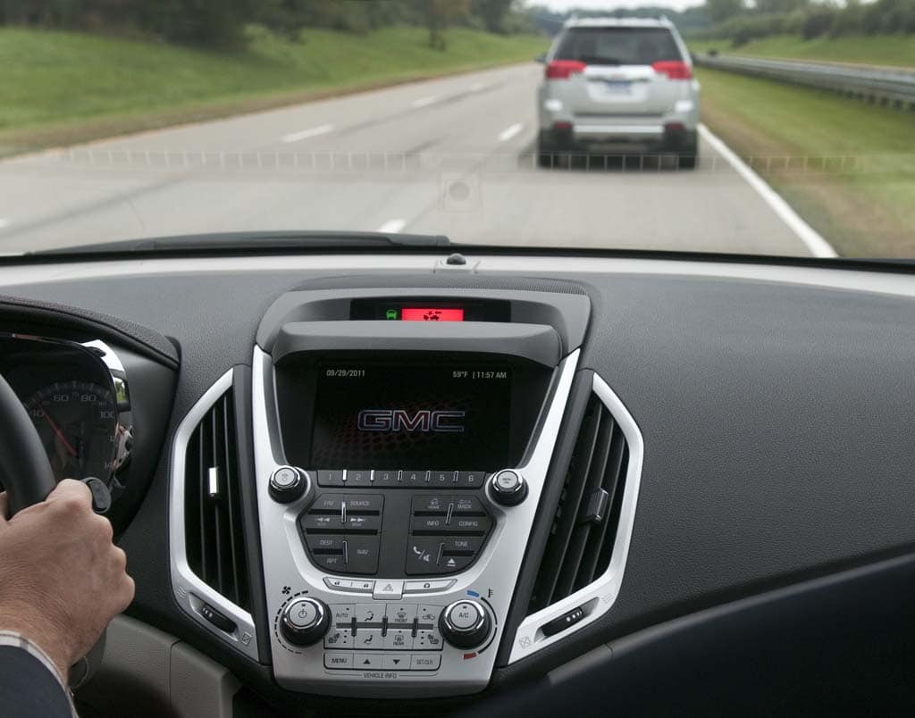 GM Develops New Collision Warning System