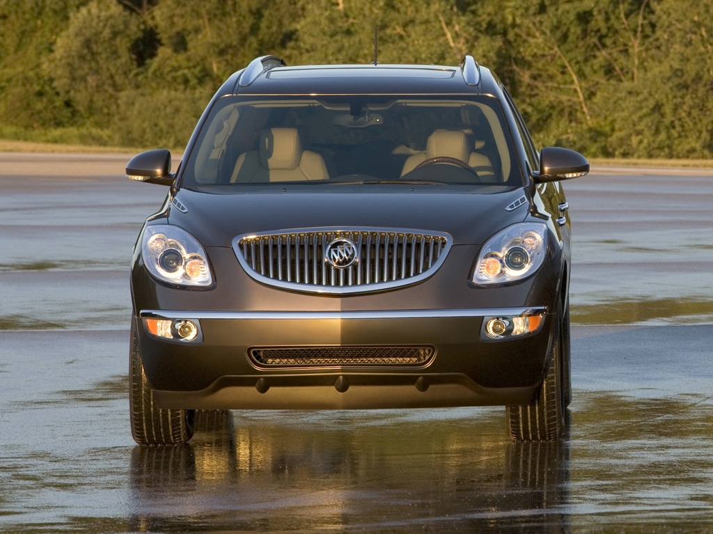 buick enclave looks like a lady. Black Bedroom Furniture Sets. Home Design Ideas