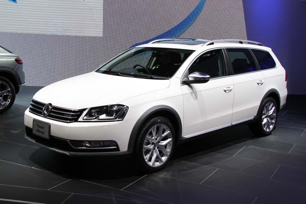 Volkswagen Bucks Trend With 18 Earnings Gain Vw Passat